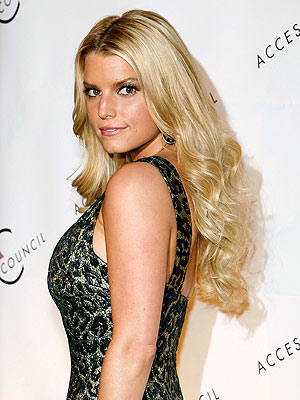 Jessica Simpson long blonde hairstyle