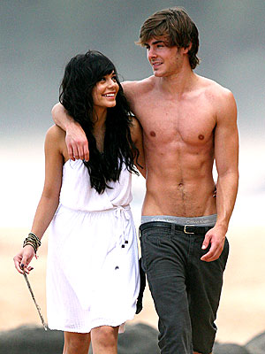 zac efron and vanessa hudgens hsm3. Zac Efron and Vanessa Hudgens
