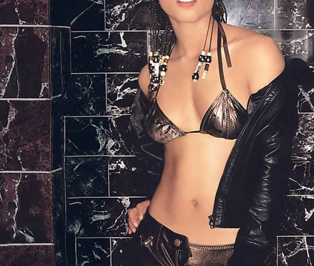 Top  Women Alicia Keys Sexy Pictures